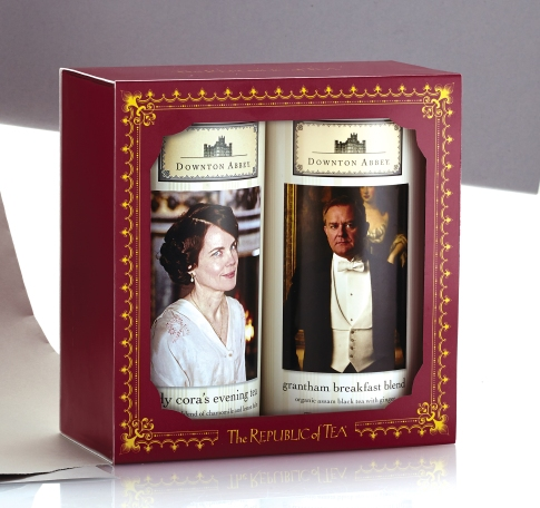 71210_Downton_Upstairs_Gift_Right